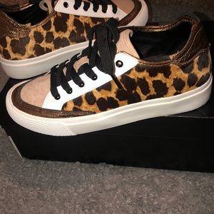 DKNY Reesa Sneakers